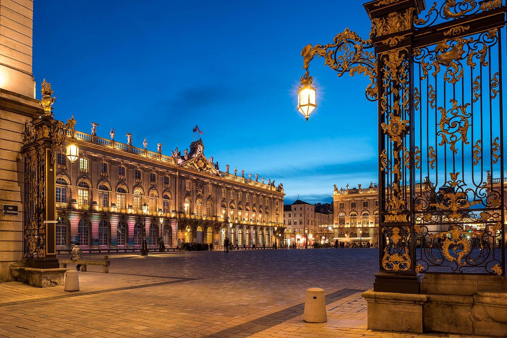 Place Stanislas à Nancy où se déroule le festival du Livre sur la Place